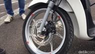 Lupa Lepas Gembok di Cakram Bisa Bikin Rem ABS Motor Rusak