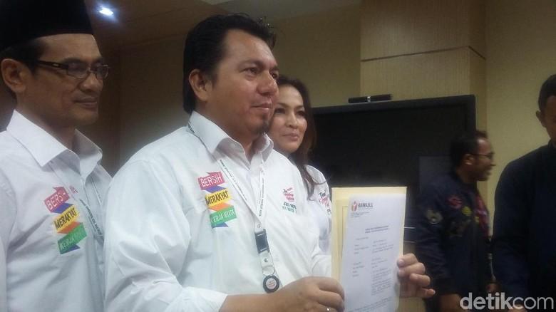 Melapor ke Bawaslu, Tim Jokowi Tuduh Prabowo Mobilisasi Anak di 211