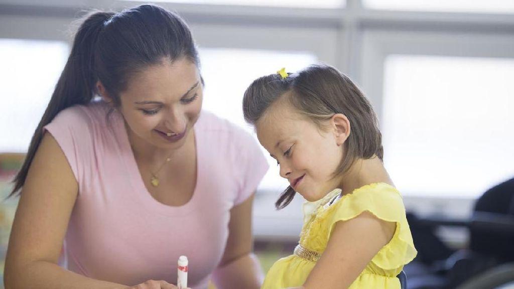5 Cara agar Si Kecil Jadi Anak Penurut, Bunda Wajib Coba