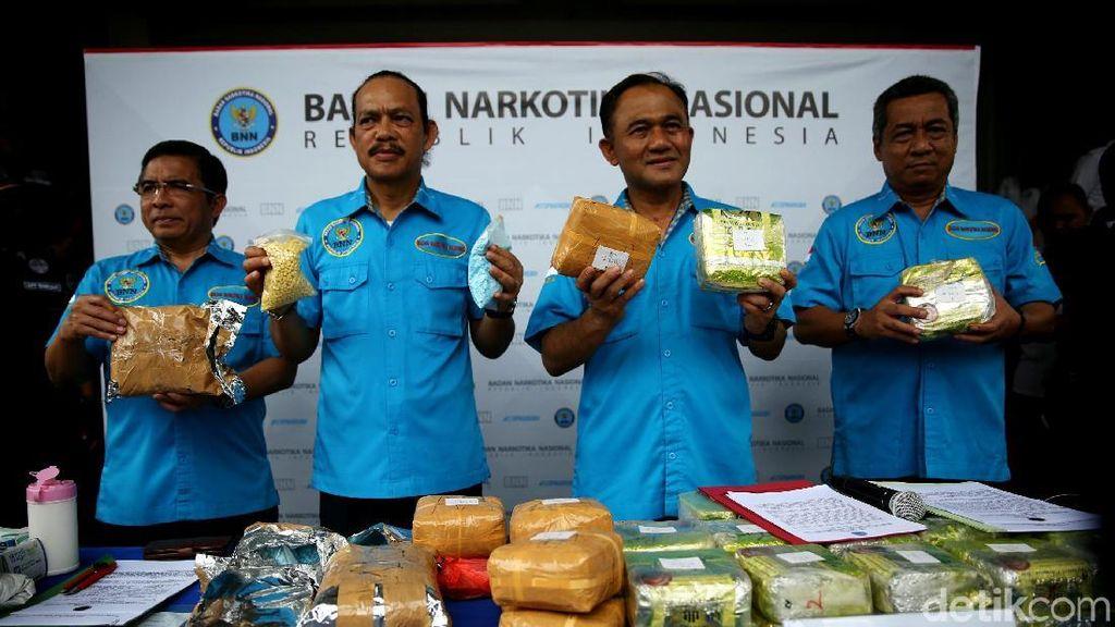 BNN Gagalkan Penyelundupan 30.000 Butir Ekstasi dan 38 Kg Sabu