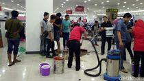 Hydran Bocor Dikira Kebakaran, Pengunjung Mal Sukabumi Berlarian