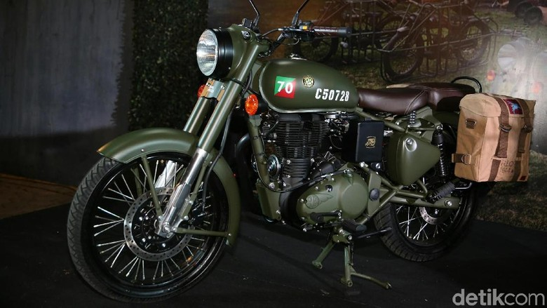 PT Distributor Motor Indonesia meluncurkan model motor terbarunya, Classic 500 Pegasus. Motor ini terinspirasi dari varian Royal Enfield WD Flying Flea 125.
