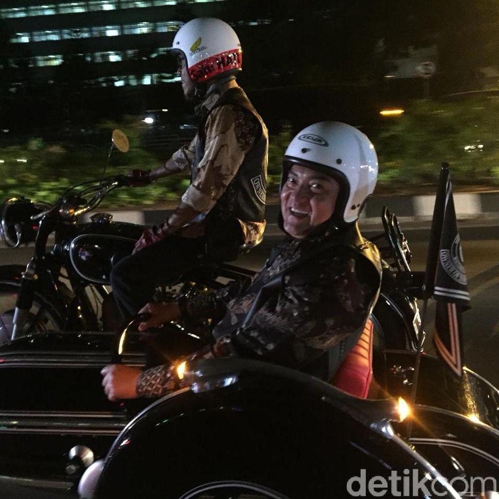 Konvoi Motor Lawas Ala Jubir Polri Jelang Pisah Sambut