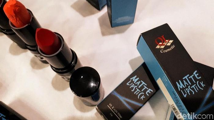 Produk kosmetik QL yang ditarik dari peredaran. (Foto: Widiya Wiyanti/detikHealth)