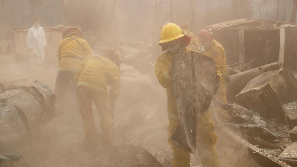 Lebih dari 1.000 Orang Hilang dalam Kebakaran Parah di California