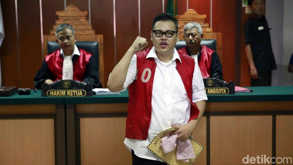 Keberatan dengan Dakwaan JPU, Reza Bukan Bacakan Eksepsi