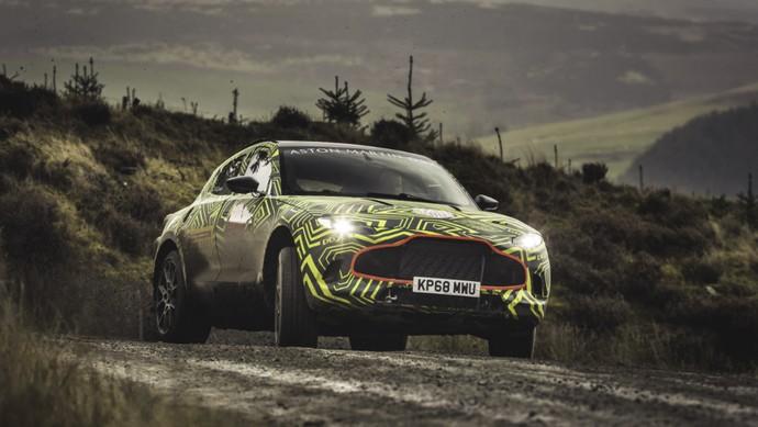 Berdasarkan pernyataan resminya, Aston Martin DBX akan menjalankan uji coba di Welsh Rally. Mobil juga bakal disiksa di berbagai medan seperti kawasan es Arctic, padang gurun Timur Tengah, dataran tinggi Alpine, sampai ke jalur cepat bebas-hambatan di Jerman serta Nurburging Nordschleife.Foto : Aston Martin