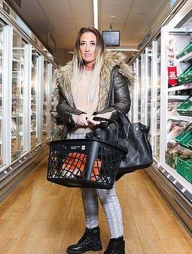 Tak Punya Teman Selama 10 Tahun, Wanita Ini Cari Teman di Supermarket