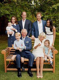 Meghan Markle tampak tertawa lepas di foto resmi dalam rangka ulang tahun ke-70 Pangeran Charles.