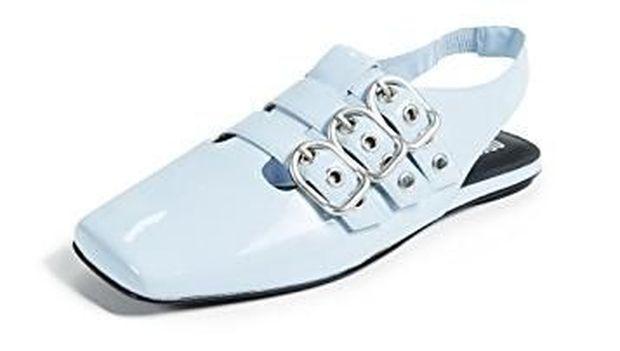 5 Sepatu Flats Gaya Baru untuk Dipadukan dengan Skinny Jeans