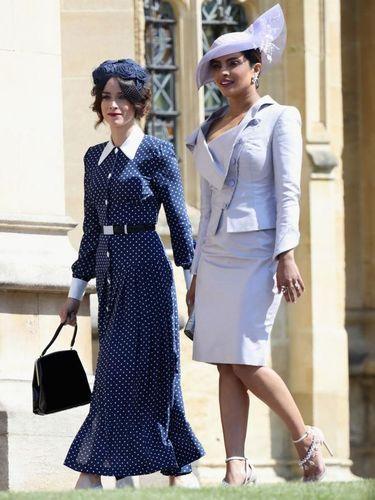 Kate Middleton memakai dress yang sama dengan Abigail Spencer.