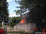 Gudang PT Lion Wings di Cakung Terbakar, 5 Mobil Damkar Dikerahkan