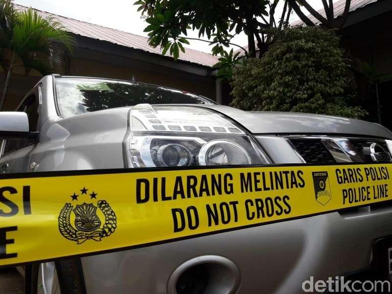 Diperiksa Intensif Polisi Soal Pembunuhan Satu Keluarga, Siapa HS?