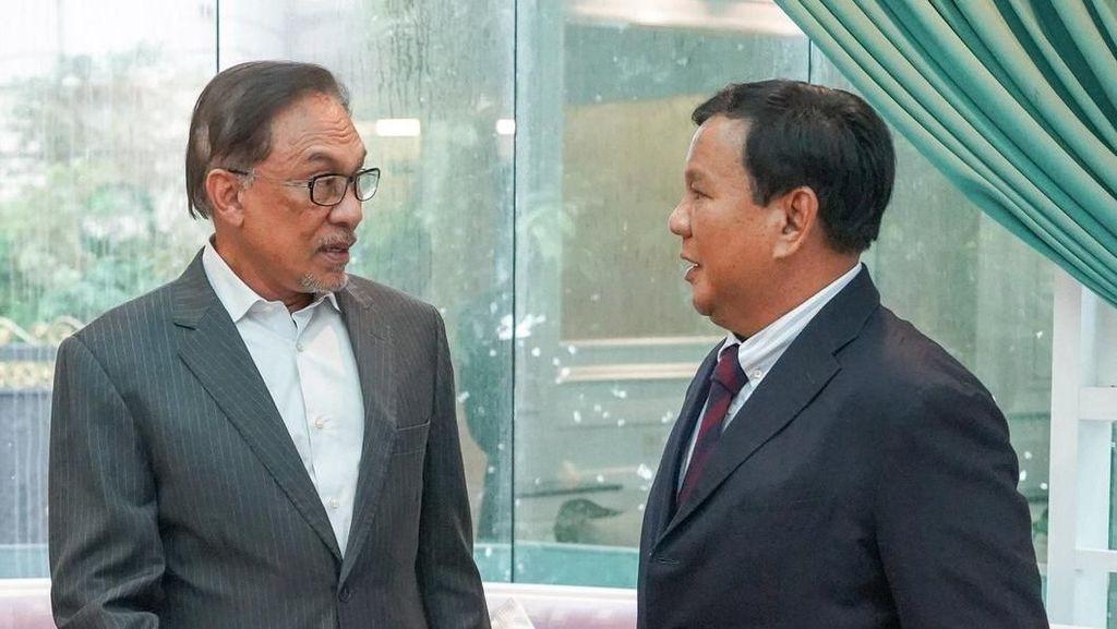 Bertemu, Anwar Ibrahim Sebut Prabowo Sahabat Lama
