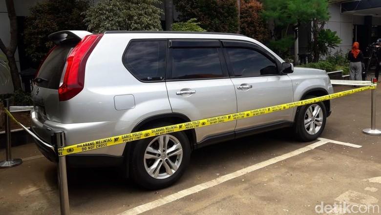 Polisi Temukan Bercak Darah di Mobil yang Dibawa HS