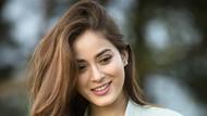 Foto: Gaya Liburan Miss Nepal yang Cantiknya Membius Dunia