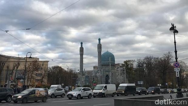 Masjid Soekarno di Rusia.