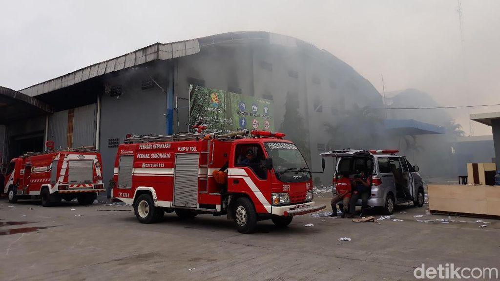 Kompresor Meledak, Pabrik Mebel di Sukoharjo Terbakar
