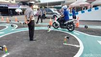Pemilik Kursus Nyetir: Mampu Beli Mobil Harusnya Mampu Kursus Mengemudi