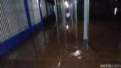 Lapas Jambi Kebanjiran, 10 Napi Diungsikan