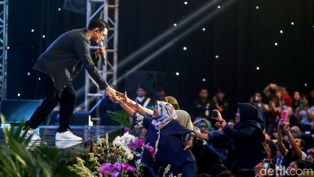 Sempat Gugup, Afgan Ketagihan Jadi Pembicara di Innocreativation