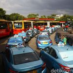 Penampakan Bajaj hingga Transjakarta Antre Panjang Isi BBG