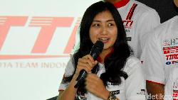 Pesan Ratu Drifting Indonesia, Jangan Bikin Alis Sambil Nyetir Ya