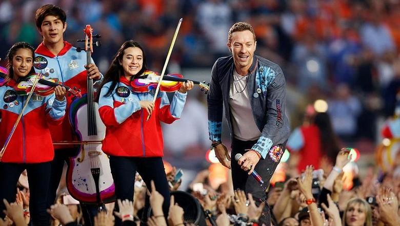 Tayang Sehari Saja, Coldplay Head Full of Dreams Raup Rp 51 M