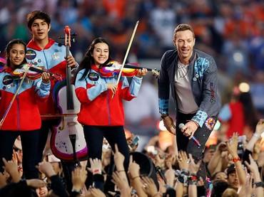 Film A Head Full of Dreams juga menceritakan kesulitan yang dialami Coldplay, mulai dari jatuh bangunnya hingga sesukses sekarang. (Foto: Ezra Shaw/Getty Images)