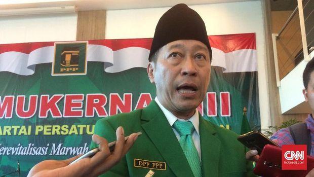 Ketua Umum PPP versi muktamar Jakarta Humphrey Djemat, di Jakarta, Kamis (15/11).