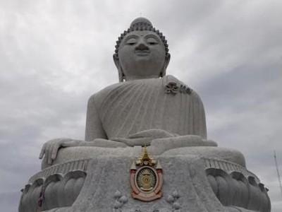 Bukan Cuma Pantai, Phuket Juga Punya Big Buddha