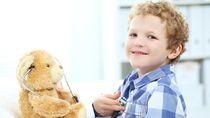 Anak Laki-laki Main Boneka dan Masak-masakan, Apa Dampaknya?