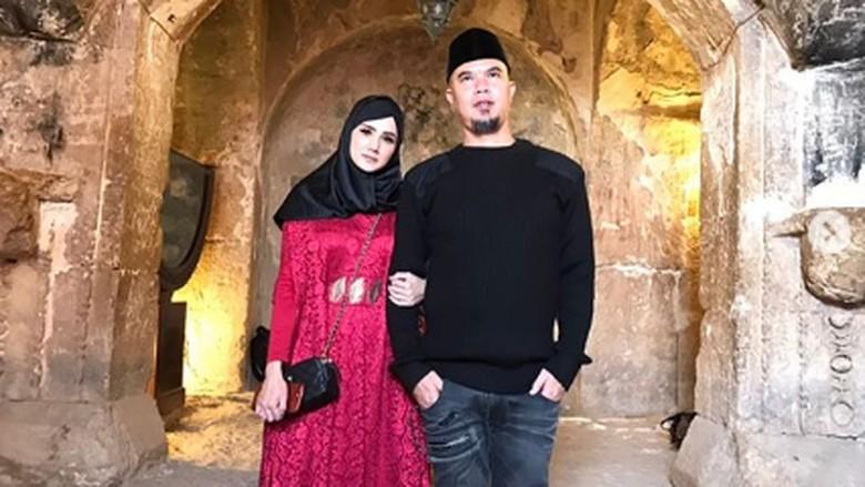 Mulan Jameela dan Ahmad Dhani/ Foto: instagram