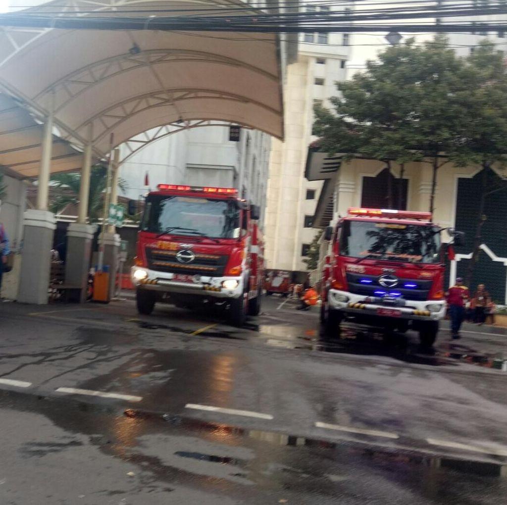 2 Jam Terbakar, Api di Kementerian Pertahanan Sudah Padam
