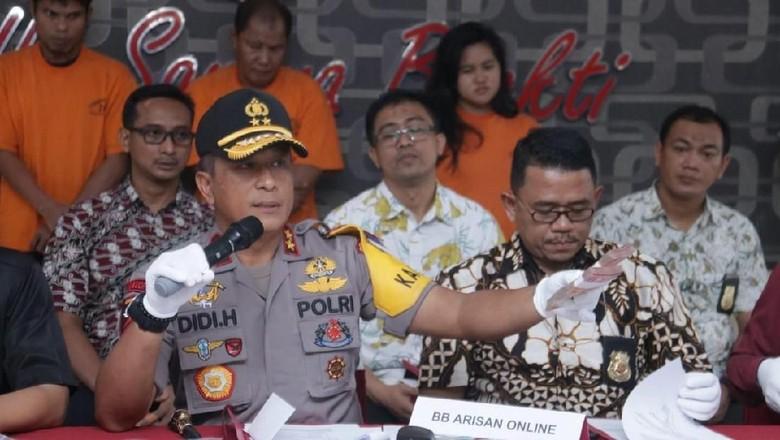 Tipu Korban Rp 1,2 M, ABG Bandar Arisan Online Ditangkap