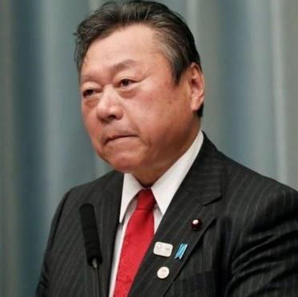 Menteri Keamanan Siber Jepang Akui Tak Pernah Pakai Komputer