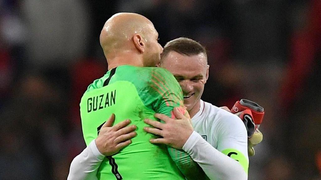 Pelukan Terakhir Wayne Rooney