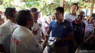 Sedang Sarapan Soto di Sleman, Sandi Dapat Sumbangan Duit Kampanye