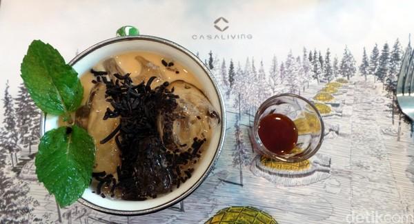 Menu andalan di Casa Kopi yaitu Es Kopi Jadul (Rp 22 ribu) dengan gula aren. Ada juga pilihan kopi lain, hingga es lychee tea. (Wahyu/detikTravel)