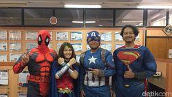 Wah, Ada Spiderman dan Wonder Woman Ikut Ujian di ITS