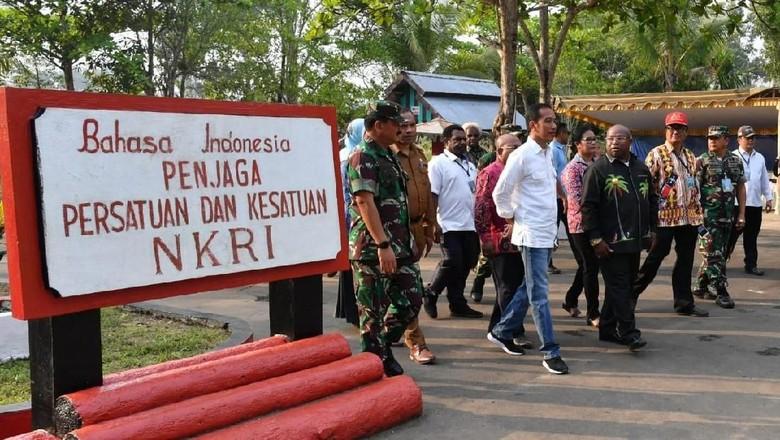 Presiden Jokowi di Taman Merah Putih (Dok. Laily Rachev/Biro Pers Setpres)