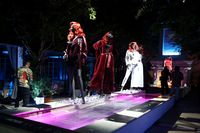 Koleksi Fashion Nova x Cardi B dipajang saat acara peluncurannya di Hollywood. Foto: Getty Images