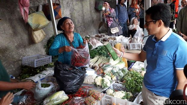 Sandiaga Uno di Pasar Stan, Sleman.