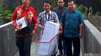 Diangkut Troli, Begini Tebal Berkas Dakwaan KPK di Kasus DPRD Sumut