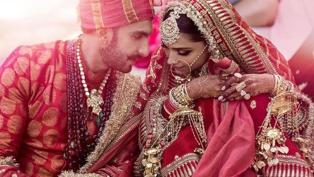 Busana Pengantin Megah Deepika Padukone saat Menikahi Ranveer Singh