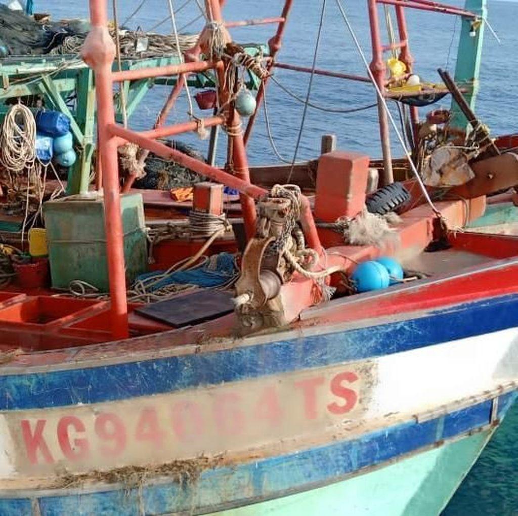 Bakamla Tangkap 2 Kapal Vietnam Berbendera Malaysia di Natuna