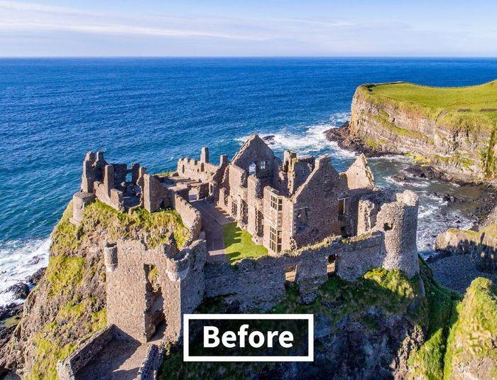 Ini adalah penampakan kastil Dunluce sebelum dibangun ulang. Kastil ini memiliki salah satu sejarah paling dramatis dari setiap kastil Inggris. Istimewa/Boredpanda/onstride.co.uk.