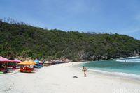 Pantai Atuh, Pantai Cantik Tersembunyi di Nusa Penida