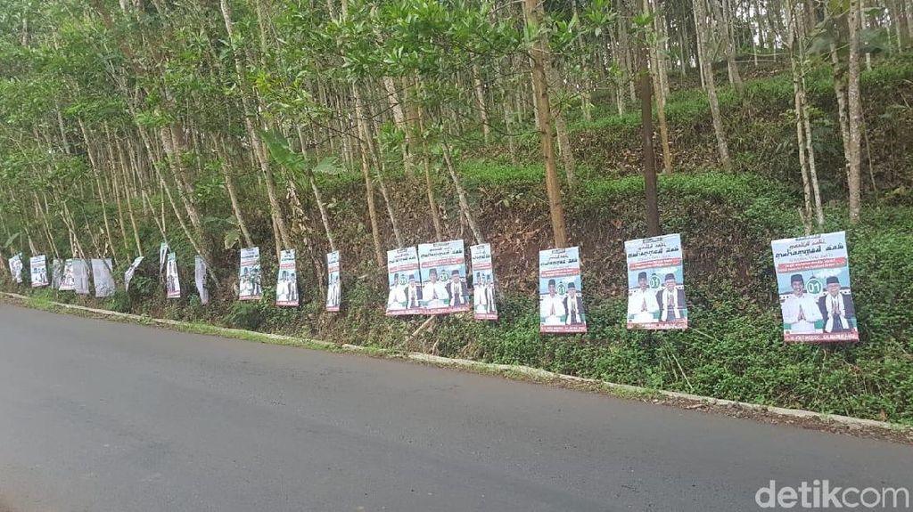 Poster Jokowi Dipaku di Pohon, TKD Garut Lapor Bawaslu