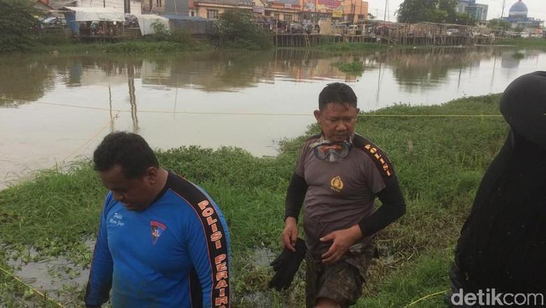 Arus Deras-Lumpur Tebal, Pencarian Linggis Haris Simamora Disetop